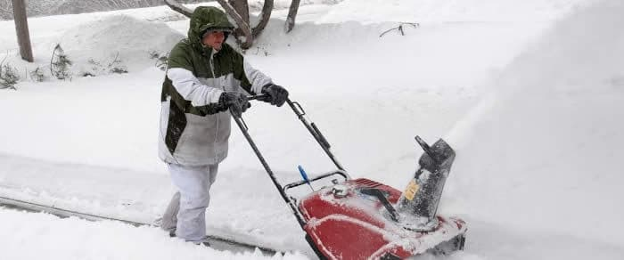 snow thrower photo